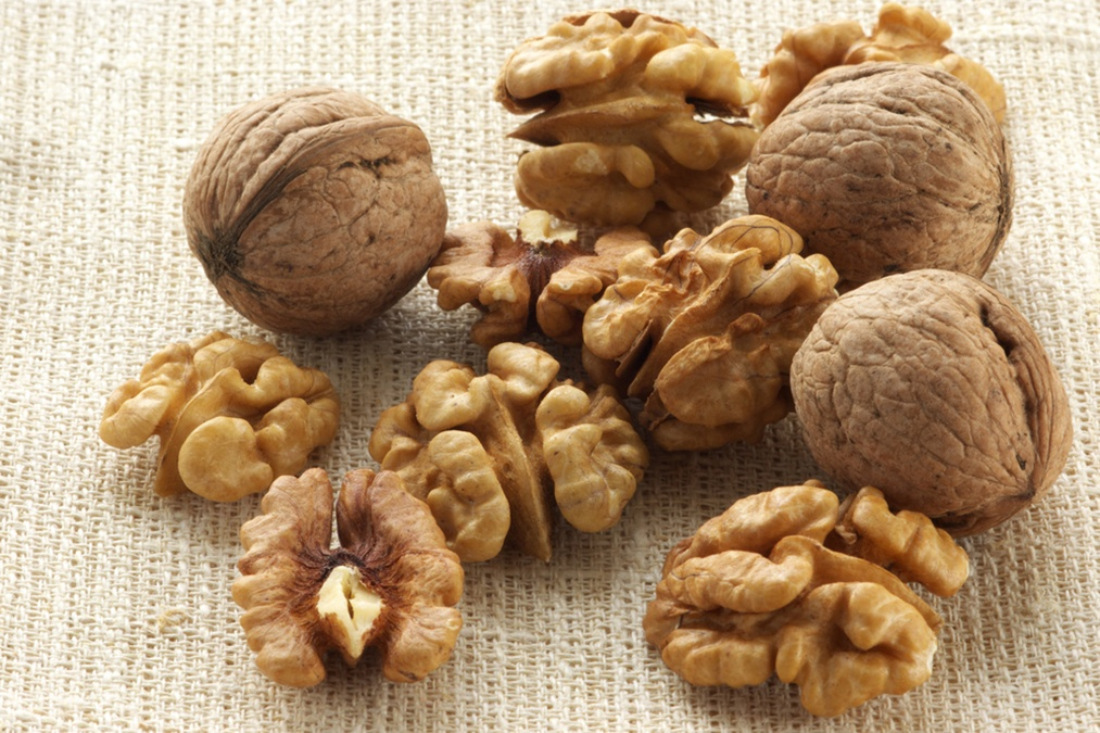 This Nut Normalizes Cholesterol Levels