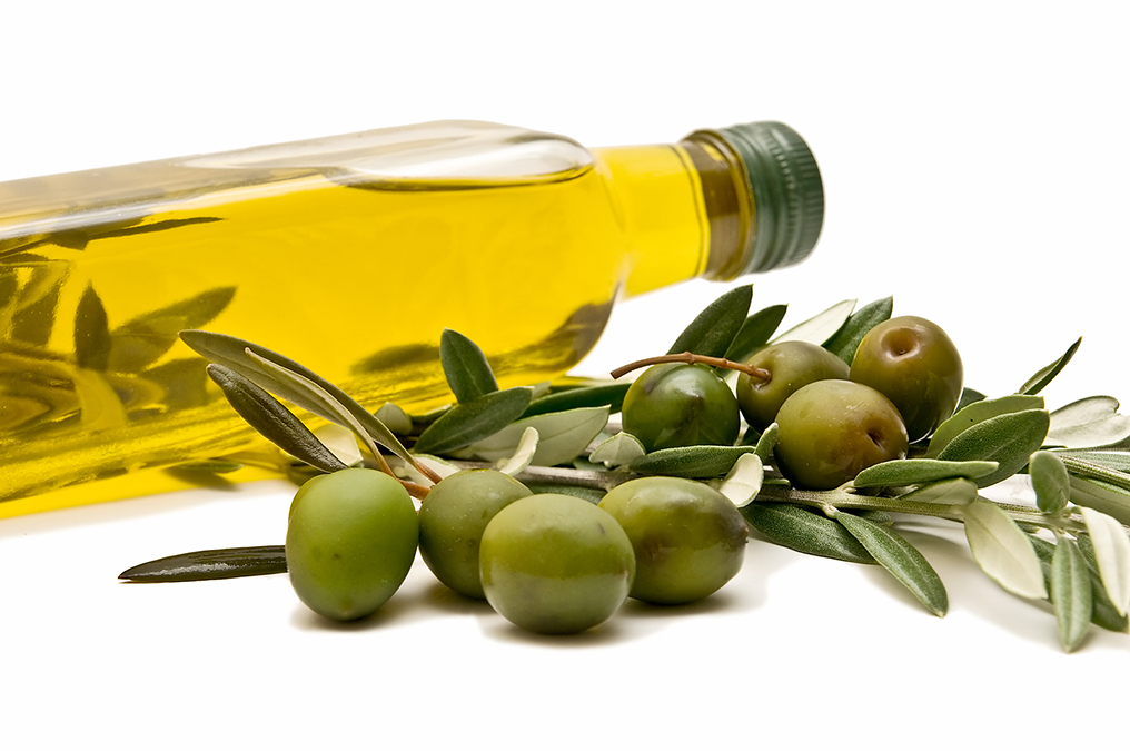 This Oil Prevents Heart Attacks and Repairs Broken Hearts